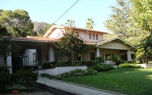 estate sale, altadena home, prairie style home